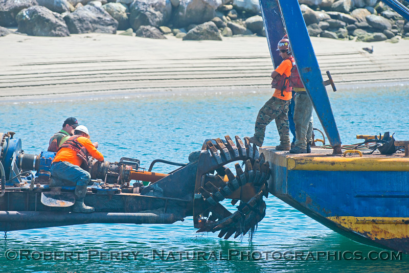vessel dredge La Encina workers 2013 04-04 SB Coast-007