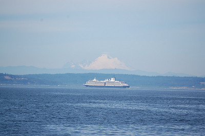 Mt. Baker & Cruise Ship