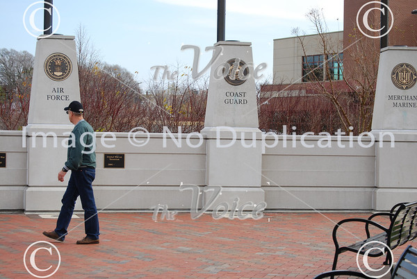 Elgin, IL Veterans Memorial Park 11-11-12