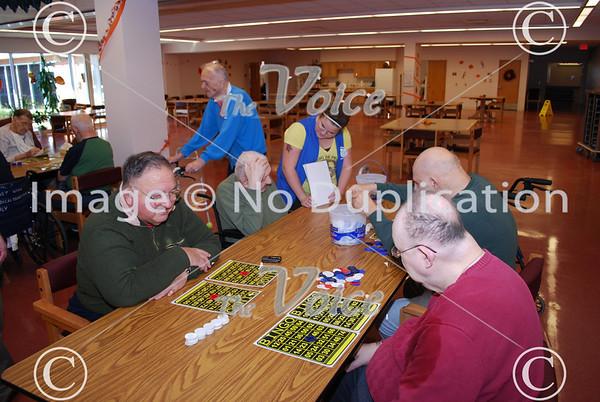 UAW Locals 145 & 2096 La Salle Veterans Home bingo 10-24-09