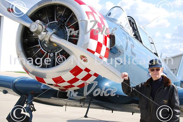 WWII Pilot Don Thompson flies again at Aurora, IL Airport 3-25-12