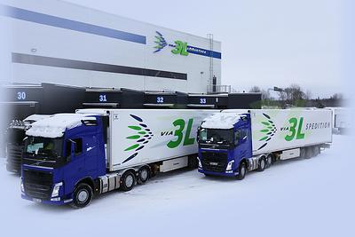 Via 3L Spedition trucks