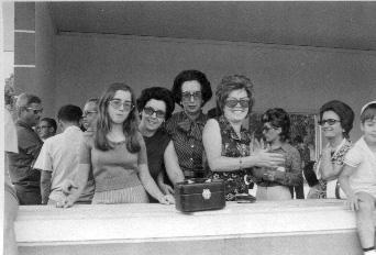 Casal Pinho Barros, Ausilia Valente, Helena Duarte,  Linda Monforte e filha