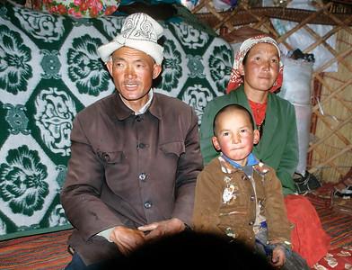 Kyrgyz nomads, Karakul Lake, Karakoram Highway, Xinjiang