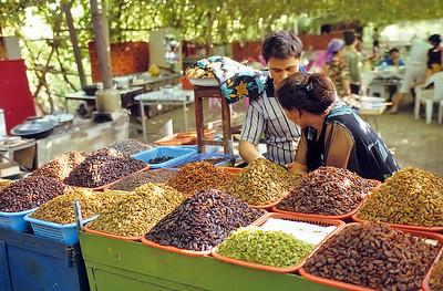 Putao Gou, Xinjiang, Silk Road
