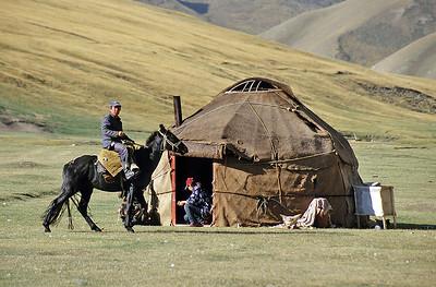 Kyrgyz nomads, Tash Rabat, Kyrgyzstan, Silk Road