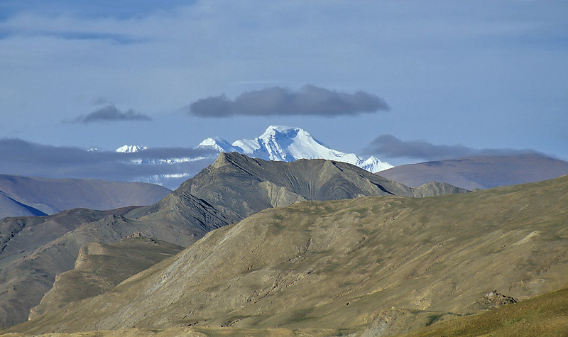 Cho Oyu (8.201m) from Gyantso-La, Friendship Highway, Tibet