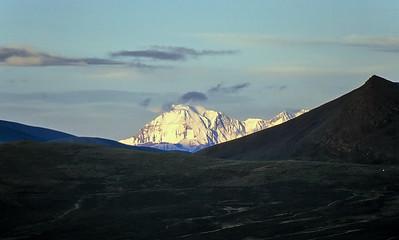 Makalu (8.485m) from Gyantso-La, Friendship Highway, Tibet