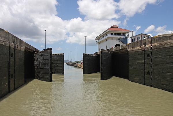 Sailing Panama Canal, Panama