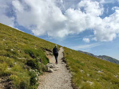 The trail to the Duca degli Abruzzi hut, Gran Sasso, Italy