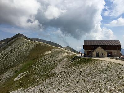 The Duca degli Abuzzi hut (2.388m), Gran Sasso, Italy
