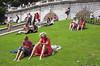 Gente en el parque de Sacré-Coeur