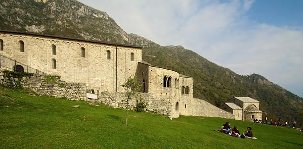 Primera parada fue en San Pietro al Monte