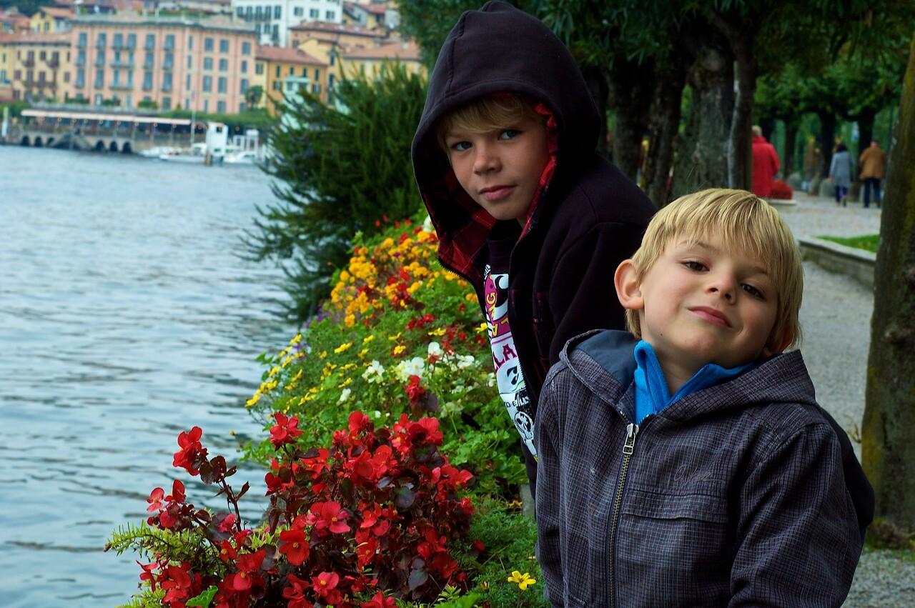 Alfonso y Max. lago di Como, Bellagio.