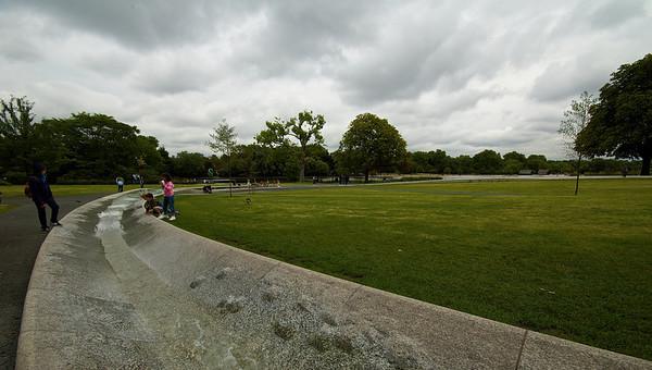 Una especie de canal que los londinenses toman como si fuera una piscina.