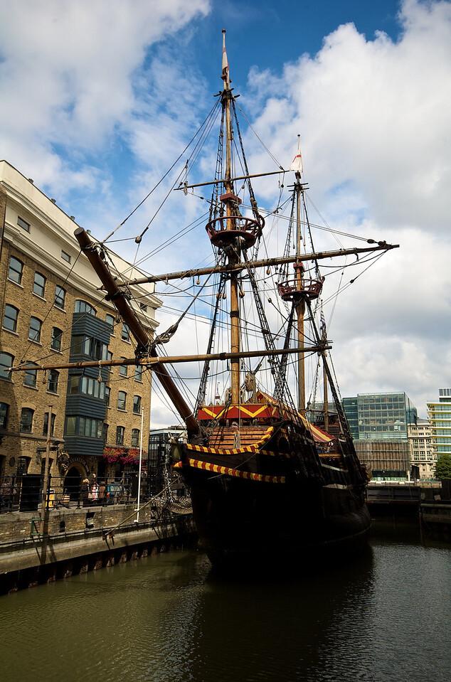 ¿Este era el barco de Francis Drake? No recuerdo.
