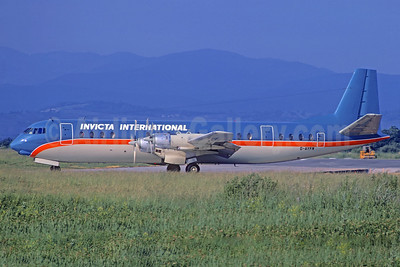 Invicta International Airlines Vickers Vanguard 952 G-AYFN (msn 725) (Air Trader colors) (Christian Volpati Collection). Image: 934096.