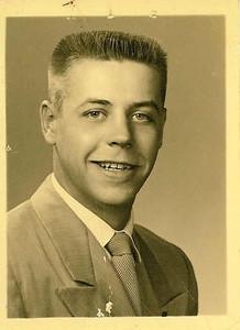 """Bill Skinner - Wilbur Eugene Skinner """"Bill"""" Wilbur Eugene Skinner"""