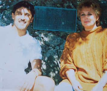 Vicki Skinner with Lu Paez in Mount Tamalpais, near San Francisco, California.  A VERY STRONG Spiritual growth day (hence the scared as shit look before!!!)