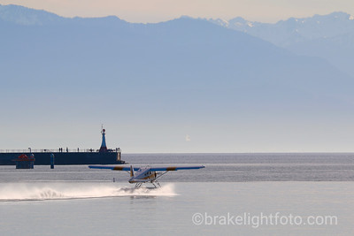 Floatplane Takeoff in Outer Harbour