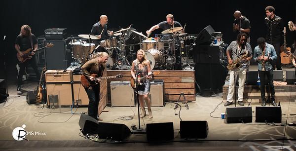 Tedeschi Trucks Band | TD Victoria International Jazzfest