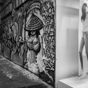 women: 2 images