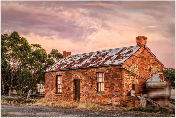 Castlemaine Cottage