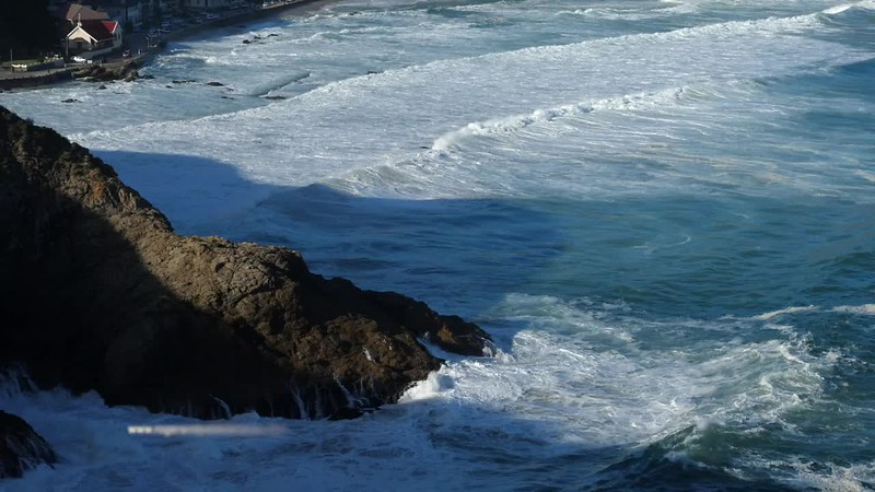 Wave splashing. Herolds Bay. Garden Route. South Africa GH5R314680