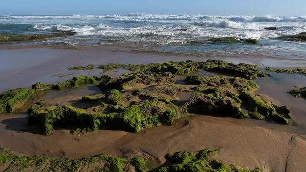 Frat Rock beach waves - G9R360083