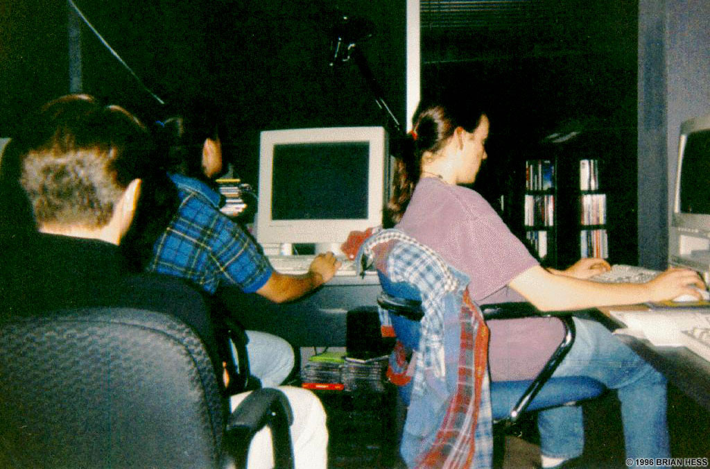 Natas watches as Romero schools Avatar in a Quakematch