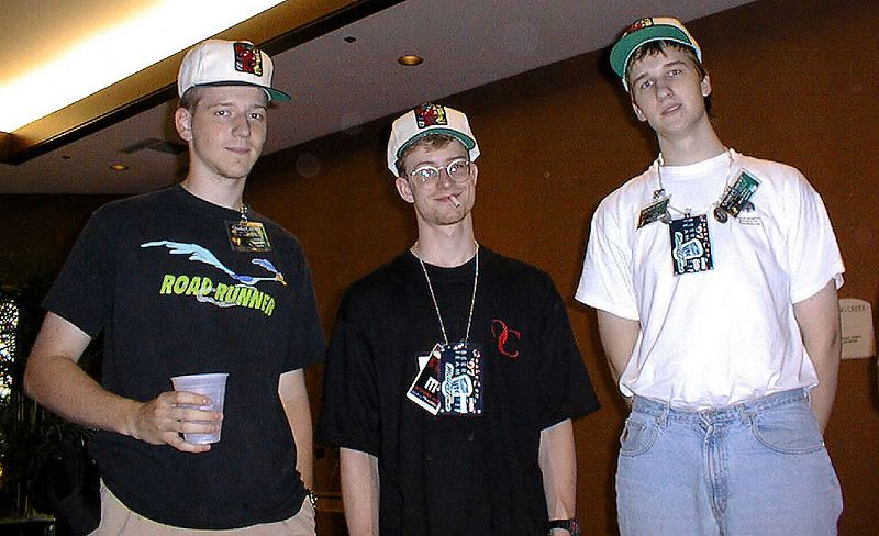 wendigo, yossman, and ^Tsuba pimp their free Kensington memory hats.
