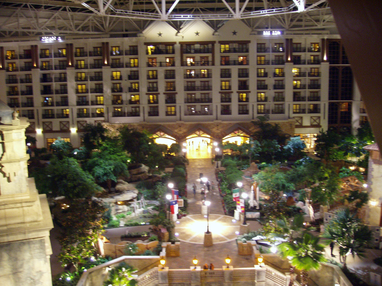 Inside the Gaylord Texan resort Day 3