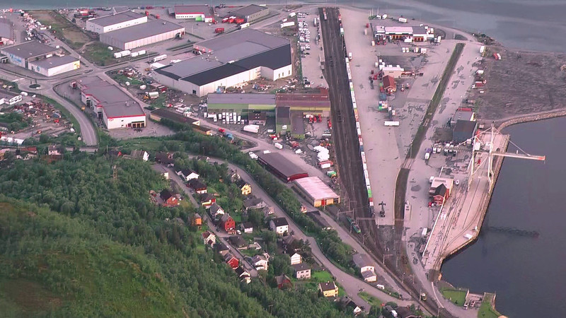 Fagernes container terminal in Narvik, DB and CargoNet services at midnight 2011-07-15/16, timelapsed video