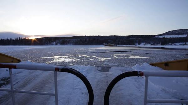 Färjan på väg mot Hemsön på vintern -  Traveling on an ice-breaking ferry over a bay of the Baltic Sea