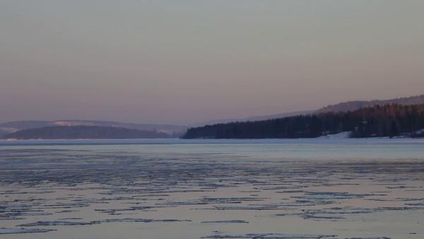 Sannasundet vid Hemsön på vintern -  Island Hemsön on a cold winter's day