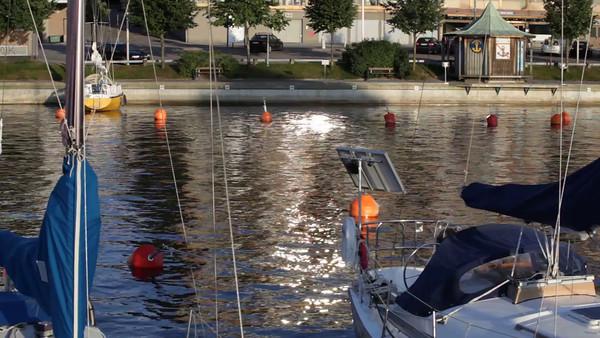 Härnösands gästhamn på sommaren -  Small boat harbor in Sweden on a summer evening