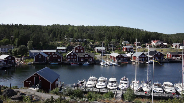 Bönhamn på sommaren - Traditional fishing village Bönhamn