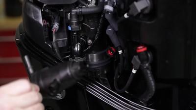 Mercury V-6 FourStroke Maintenance  Changing Fuel Filter