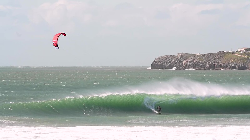 Portuguese kitesurfer Paulino Pereira and his Ozone Reo shredding some at Supertubos e Consolação (Peniche, Portugal).