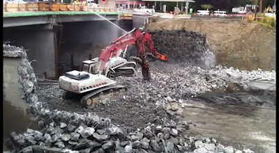 520 Project - Demolishing the 84th St Bridge.