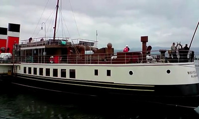 Waverley Enters James Watt Dock - Stern First