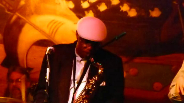 The No Bounds Band ~ Sharkys ~ Dec 2011 ~ v4 ~ Sax clip