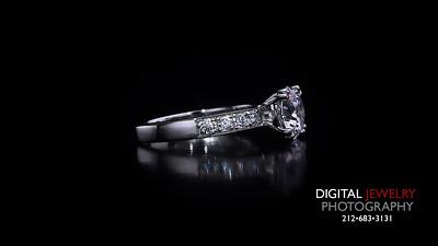 Round Diamond Split Prong Melee Ring
