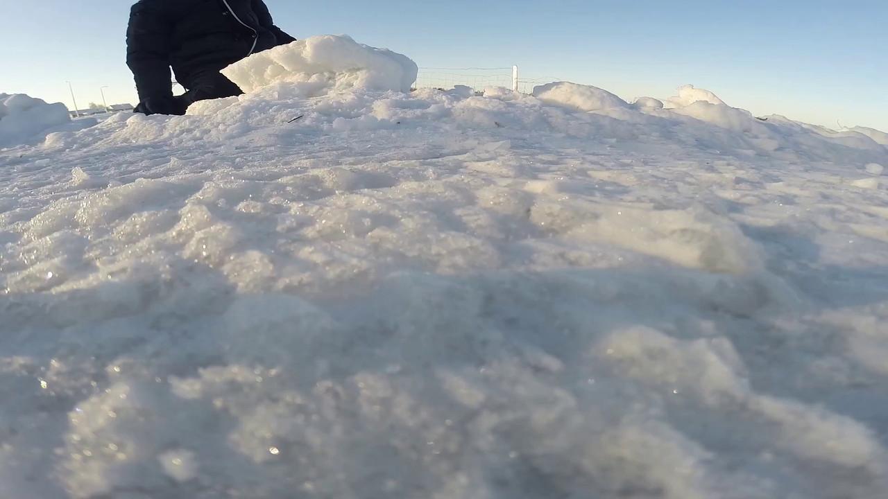 Winter Won'drone' land