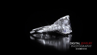 Raidant Cut Melee Diamond Ring 02