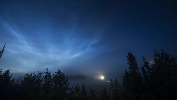 Noctilucent Cloud Timelapse