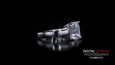 Emerald Cut Diamond Soliatire Ring 04