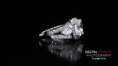 Cushion Cut Diamond Halo Split Shank ring 05