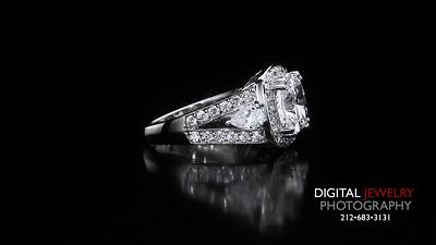 Cushion Cut Diamond Halo Split Shank ring 05