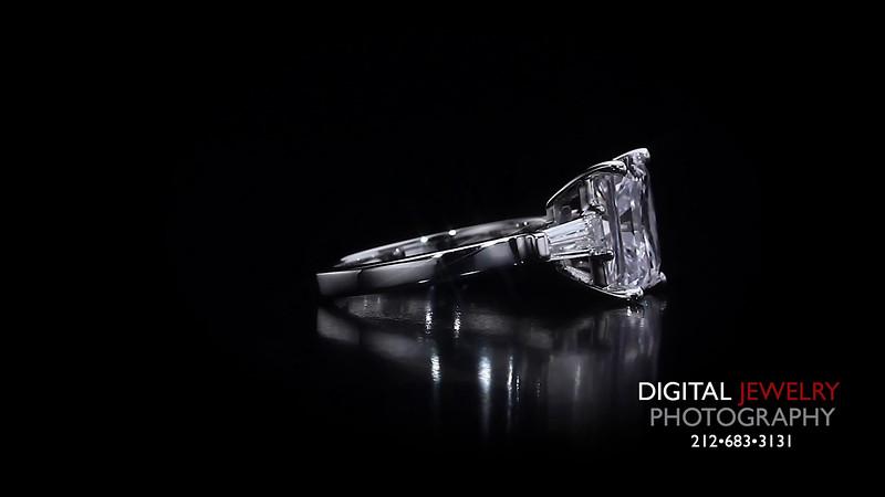 3 Stone Radiant Cut Diamond Ring 04